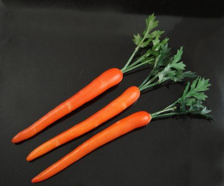 Fake Food Carrots With Stem Pack Of 3