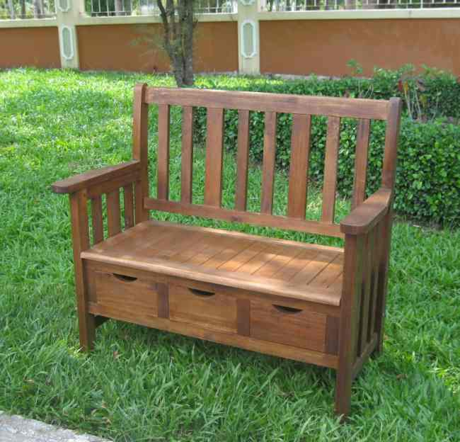 Karen: Acacia Wood Outdoor Furniture Durability