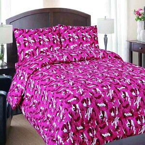Twin Pink Camouflage Reversible Comforter