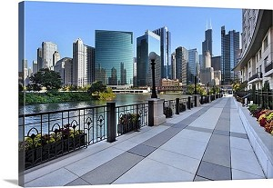 Chicago, Illinois Sidewalk Skyline River Panorama Picture