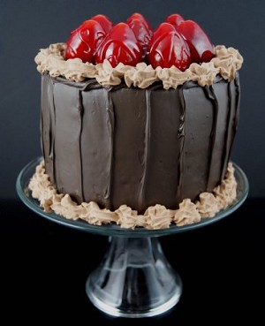 Fake Food Jr. Chocolate Strawberry Cake On Glass Pedestal Tray