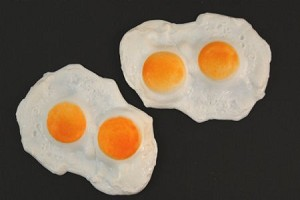 Fake Food Eggs Fried (pack of 2)