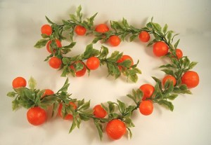 Fake Food Extra Long Orange Chain Garland