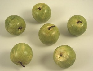 Fake Food Small Green Apples (pack of 6)