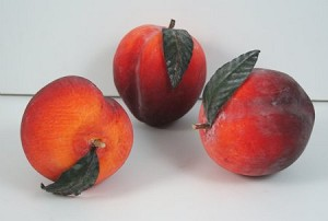 Fake Food Ripe Peaches (pack of 3)
