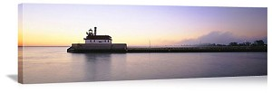 Duluth, Minnesota Lighthouse Pier Panorama Picture