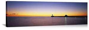 Duluth, Minnesota Silhouette of Lighthouse Panorama Picture