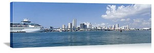 Miami, Florida Biscayne Bay Scene Panorama Picture