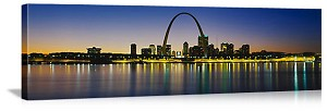 Saint Louis, Missouri Mississippi River Waterfront Panorama Picture