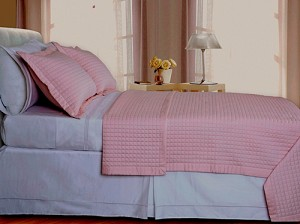 Blush Pink Checkered Egyptian Cotton 400 Thread Count Coverlet Set