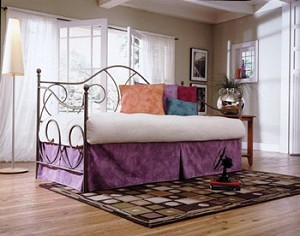 Caroline Twin Daybed With Link Spring