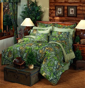 Obsession Camo Comforter and Bedding