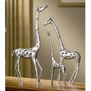 Giraffe Family Set Of Three