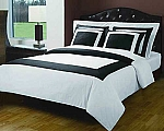 5 Piece Full/Queen White And Black 300 Thread Count Egyptian Cotton Duvet Cover Set