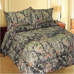 The Woods Camo Microfiber King Comforter