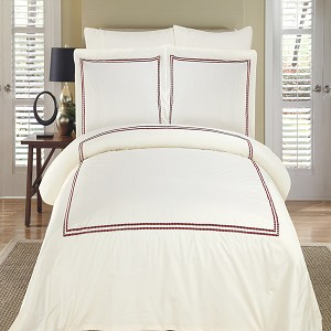 Maya Ivory And Burgundy Embroidered Full/Queen Egyptian Cotton 3 Piece Duvet Cover Set