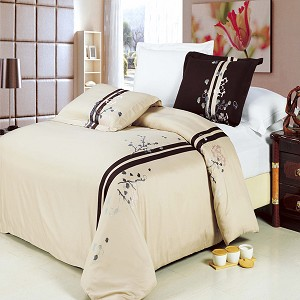Samantha Embroidered Full/Queen Egyptian Cotton 3 Piece Duvet Cover Set
